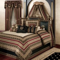 Triomphe Old World Style Comforter Bedding