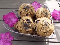Blueberry, Lemon and Poppy Seed Muffins - Rosanna Davison Nutrition Milk And Vinegar, Lemon Poppyseed Muffins, Wheat Free Recipes, Gluten Free Muffins, Coconut Sugar, Muffin Recipes, Blueberry, Clean Eating, Seeds