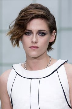 Kristen Stewart Taking Break From Acting - Wants To Come Out With Alicia Cargile Dating And Relationship