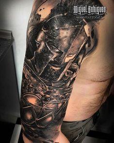 King Leonidas of Sparta Greece. Music Tattoos, Hot Tattoos, Couple Tattoos, Body Art Tattoos, Tattoos For Guys, Best Sleeve Tattoos, Tattoo Sleeve Designs, Tattoo Designs Men, Warrior Tattoos