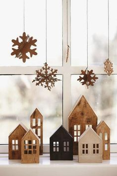 Creative Christmas Villages - Mine for the Making Classy Christmas, Noel Christmas, Winter Christmas, Christmas Crafts, Minimal Christmas, Christmas Window Display Home, Scandi Christmas, Beautiful Christmas, Christmas Wreaths