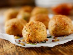 Turkey Croquettes - What's not to love about these crunchy little bites? Kid-friendly way to use up leftover turkey.