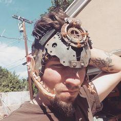 Headdress! #wip #metal #bone #jaw #aluminum #fiberglass #leather #copper #scrap #postapocalypse #tribal #roadwarrior #madmax #apocalyptic #furyroad #wastedsaints #wastelandweekend #headdress #originaldesign #art #fabrication #armor #mask #helmet #warrior #shiny
