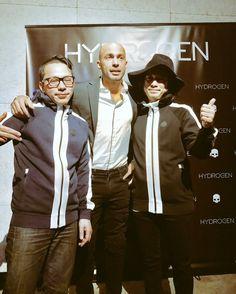 本日はHYDROGENのパーティーイベントにSchroeder-Headzで演奏させて頂きました。 #HYDROGEN #ジップアップパーカー Movies, Movie Posters, Fictional Characters, Films, Film Poster, Cinema, Movie, Film, Fantasy Characters