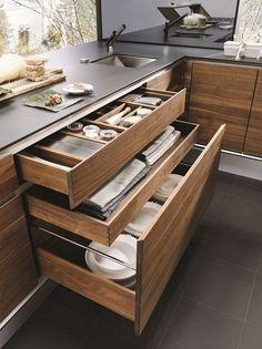 20 Modern Dish Storage Design Ideas For Luxury Kitchen Luxury Kitchens Design Dish Ideas Kitchen Luxury Modern Storage Kitchen Room Design, Best Kitchen Designs, Home Decor Kitchen, Interior Design Kitchen, Kitchen Paint, Kitchen Layout, Solid Wood Kitchens, Wooden Kitchen, Rustic Kitchen