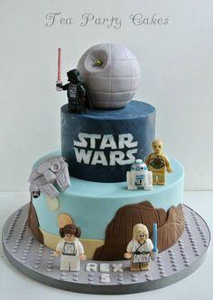 Fun Lego Star Wars Cake Ideas by DIY Ready at http://diyready.com/11-diy-lego-star-wars-ideas/