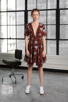 http://www.vogue.com/fashion-shows/pre-fall-2016/a-l-c-/slideshow/collection