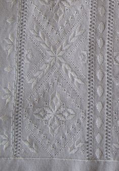 В полный размер Hardanger Embroidery, White Embroidery, Embroidery Patterns, Cross Stitch Letters, Drawn Thread, White Patterns, Pattern Design, Christmas Decorations, Victorian
