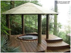 Wood hot tub installed In Belgium by CedarTubs.com European Distributor.
