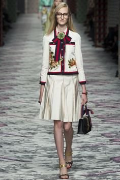 Gucci Spring 2016 Ready-to-Wear Fashion Show - Charlotte Lindvig