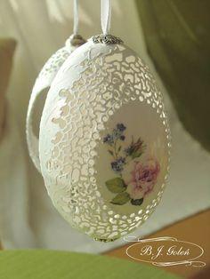 ażurowa pisanka  jajko gęsi - autor BJGoleń Poniatowa Polska Egg carved in Poland