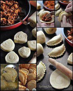 Fried Dumpling Peel – C – Baking Love – Savory Snacks, Snack Recipes, Dessert Recipes, Cooking Recipes, Malaysian Cuisine, Malaysian Food, Curry Puff Recipe, Diwali Snacks, Sardine Recipes