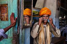 The Iconic Photographs Steve McCurry - Bing images