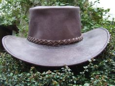Leather Aussi/bush hat.....The making of - extensive tutorial inckuding pattern making