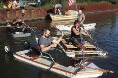i perceive some peeps potentially following the main boat in small homemade boats.