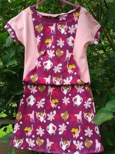Wenn man einem kleinen M�dchen ein Geschenk bereiten will, das von Herzen kommt�..�.. dann n�ht man ihm ein Lieblingskleid aus unserem Baumwolljersey Bibi