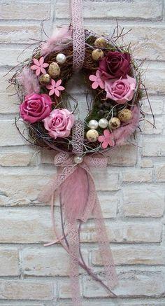 Türkranz,Osterkranz,rosa-lila Rosen,verspielt von ...die mit den Blumen tanzt... auf DaWanda.com