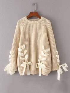 Shop Lace Up Bow Tie Raglan Sleeve Sweater online. SheIn offers Lace Up Bow Tie Raglan Sleeve Sweater & more to fit your fashionable needs. Diy Fashion, Ideias Fashion, Fashion Outfits, Fashion Design, Clothes Crafts, Sewing Clothes, Cute Sweaters, Winter Sweaters, Sweaters For Girls