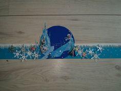 Hoedenstrook verjaardag Frozen .  Losse onderdelen gemaakt met stansapparaat.