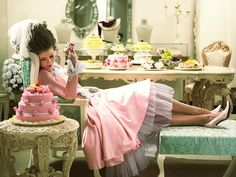 http://inredningsvis.se/inspiration-modern-marie-antoinette/    Inspiration: Modern Marie Antoinette