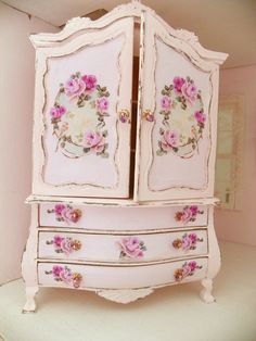 Dollhouse miniature armoire scale by Mondinadollhouse Miniature Furniture, Doll Furniture, Shabby Chic Furniture, Dollhouse Furniture, Shabby Chic Decor, Vintage Furniture, Armoire, Wooden Wardrobe, Repurposed Items