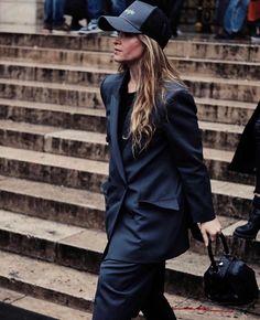 Discount Designer Clothes For Women Miroslava Duma, Fashion Gone Rouge, Urban Chic, Discount Designer Clothes, Casual Elegance, Casual Chic, Manga, Wearing Black, Affordable Fashion