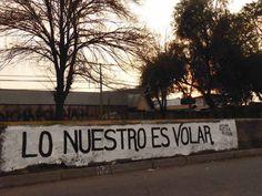 """""""Lo nuestro es volar""""  Av. Independencia/Berna. Conchalí"""
