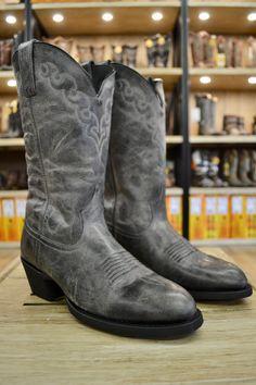 c8ba8f580a3 166 Best Men's Cowboy Boots images in 2018   Cowboy boots, Boots ...