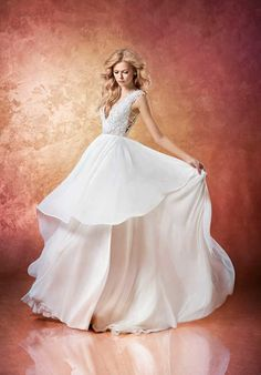 Hayley Paige Leigh 6658 A-Line Wedding Dress bling top awesome chiffon skirt perfect for beachside wedding! Comments/gemjunkiejewels