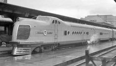 Trackside Classic: 1955 Union Pacific EMD – The Last Of The Classic Diesel Streamliners Diesel Locomotive, Steam Locomotive, Electric Locomotive, Old Trains, Vintage Trains, John Bell, Railroad Pictures, Railroad History, Union Pacific Railroad