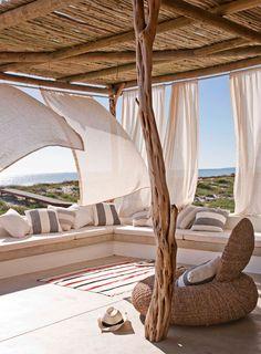 Summer house in South Africa - Phoebe Home Interior Exterior, Exterior Design, Outdoor Spaces, Outdoor Living, Outdoor Sheds, Scandinavian House, Beach House Decor, Home Decor, Patio Roof