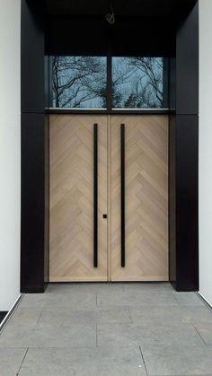 Herringbonestyle frontdoors Oak with 8 % whitewash www.nl Herringbonestyle frontdoors Oak with 8 % whitewash www. Modern Entrance Door, Modern Front Door, House Entrance, Entrance Doors, The Doors, Wood Doors, Door Entryway, Entrance Ideas, Double Door Design