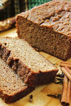 chai spice banana bread made with almond flour, cinnamon, cloves | Making for a road-trip