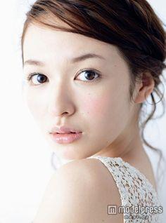 森絵梨佳 Japanese Eyes, Cute Japanese, Prity Girl, Asian Makeup, Portraits, Japan Girl, Japanese Models, Beautiful Asian Women, Wedding Makeup