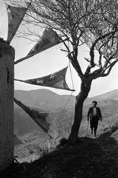 by Erich Lessing Wind grinder on Lasithi mount, Crete, Greece, 1955 Mykonos, Santorini, Old Photos, Vintage Photos, Crete Island, Paris Match, Holiday Places, Crete Greece, Foto Art