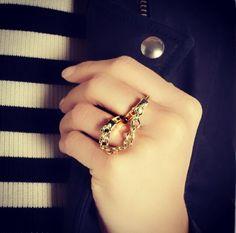 Hands/ rings