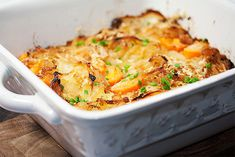 Diabetic Recipes 11249 We present the recipe for making a good gratin with seasonal vegetables, a gratin of turnips, carrots and potatoes. Diabetic Desserts, Diabetic Recipes, Veggie Recipes, Fall Recipes, Veggie Food, Macaroni Salad, Macaroni And Cheese, Healthy Cooking, Healthy Eating