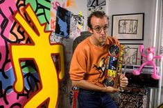 Keith-Haring-in-his-New-York-studio-1985