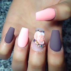 I love matte nails