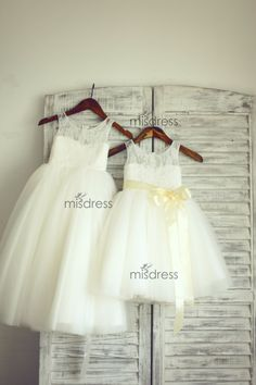 So classy. Love this for the girls Easter dressers and other special occasions.