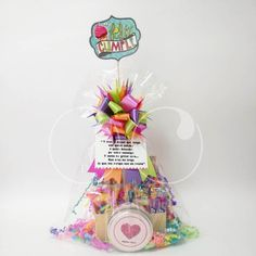 Regalo de cumpleaños: Ancheta + Rompecabezas Best Gift Baskets, Chocolate Bouquet, Candy Bouquet, Birthday Gifts, Happy Birthday, Beautiful Gifts, Pink Candy, Diy And Crafts, Best Gifts