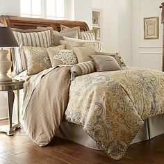 Give your bedroom an alluring aesthetic with the elegant Waterford Linens Harrison Reversible Comforter. Richly adorned with an exotic damask design in neutral hues and mineral blue accents, the opulent bedding instantly brings a lavish look to your bed.