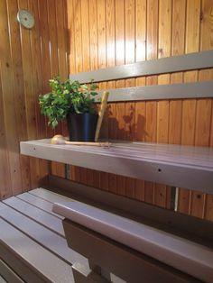 Tee-se-itse-naisen sisustusblogi: Grey and Colourless Sauna Wax Treated Sauna Steam Room