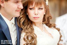 Wedding Hairstyles ~ Loose Long Locks & neutral make-up