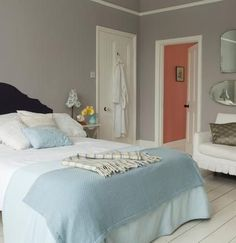Want To Know More About Master Bedroom Paint Colors 00090 - beterhome Chic Shadow Bedroom, Dulux Chic Shadow, Bedroom Inspo, Dulux Kitchen Paint, Dulux White Paint, Bedroom Color Schemes, Bedroom Colors, Colour Schemes