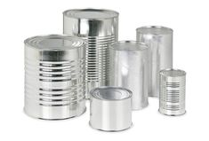The first mass production of canned food makes nutrition affordable & convenient year-round in the United States. By the most popular canned foods will be beans, corn, peas & tomatoes. Aluminum Can Crafts, Tin Can Crafts, Aluminum Cans, Metal Crafts, Recycled Crafts, Cute Crafts, Creative Crafts, Diy Crafts, Tin Can Art