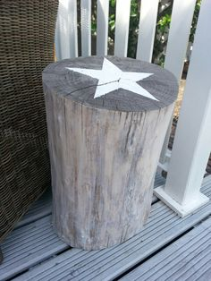 How tо Make а Tree Stump Table Wood Stumps, Tree Stumps, Stump Table, Outdoor Tables, Outdoor Decor, Cottage Interiors, Boutiques, Home And Living, Wood Projects