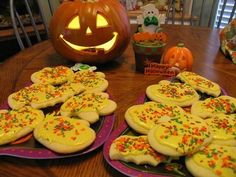 Mommy's Kitchen: Mama Reed's Halloween Tea Cakes