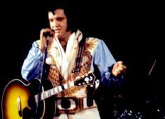 Elvis on stage in Atlanta in june 6 1976