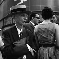 Vivian Maier, New York (Man with Hat) 1959. Courtesy kunst.licht gallery and the artist.